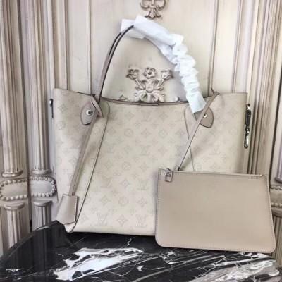 Louis Vuitton M53140 Hina MM Mahina Leather Galet