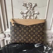 Louis Vuitton M64591 Daily Pouch Monogram Canvas Sesame