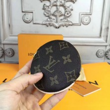 Louis Vuitton M61926 Round Coin Purse Monogram