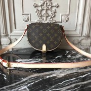 Louis Vuitton M51179