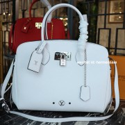 Louis Vuitton M55024 Milla MM Craie