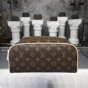 Louis Vuitton M47528 King size Toiletry Bag Monogram