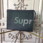 Louis Vuitton x Supreme Clutch Epi Black M41366