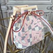 Louis Vuitton N60052