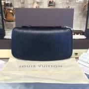 Louis Vuitton M30652