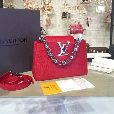 Louis Vuitton M42935 Capucines Mini Chain Taurillon Leather Cherry