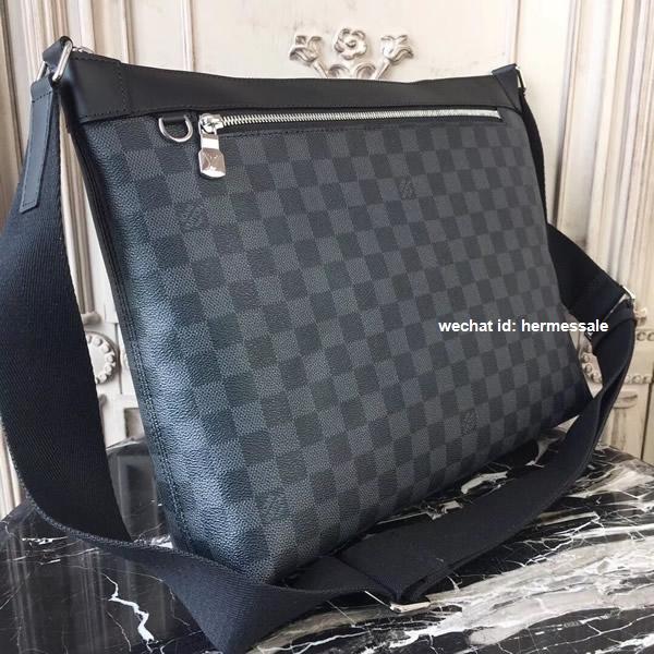 31538d600 Louis Vuitton N40004 Mick MM Damier Graphite Canvas