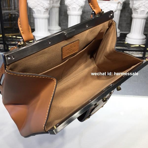 9bd8c5c80a2 Louis Vuitton M43946 Crown Frame Other Canvas