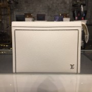 Louis Vuitton M63397-3