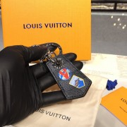 Louis Vuitton M63770 LV Alpes Small Enchappe Bag Charm and Key Holder