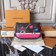 Louis Vuitton M62087 Mini Pochette Accessoires in Monogram