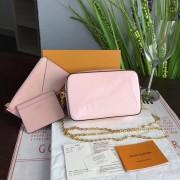 Louis Vuitton M64058 CAMERA POUCH Monogram Vernis Leather Rose Ballerine