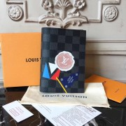 Louis Vuitton N61701 Passport Cover LV League