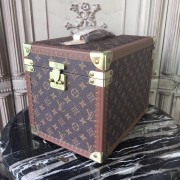 Louis Vuitton M21208 30cm
