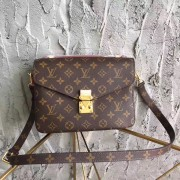 Louis Vuitton M40780 Pochette Metis Monogram