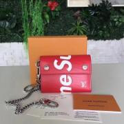 Louis Vuitton M67711-red